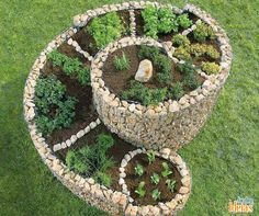 Gardening Herb How To Build A Herb Spiral Garden! Herb Spiral, Spiral Garden, Herb Garden, Garden Beds, Garden Art, Herb Planters, Planter Ideas, Flower Beds, Dream Garden