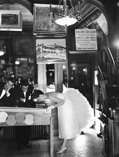 Suzy Parker with Robin Tattersall and Gardner McKay, evening dress by Lanvin-Castillo, Café des Beaux-Arts, August 1956