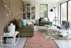 Cosy stylish home deco My Living Room, Home And Living, Living Room Decor, Living Spaces, Living Room Inspiration, Interior Inspiration, Olive Green Couches, Interior Exterior, Interior Design