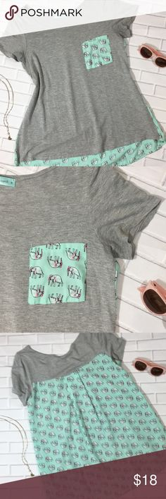 Chris & Carol Mint Elephant Shirt Size Medium Very Good used Condition - worn only a handful of times. Size Medium. Such an adorable print! Chris & Carol Tops Tees - Short Sleeve