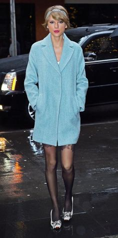 TAYLOR SWIFT IS A BEAUTY QUEEN 70 Reasons Why Taylor Swift Is a Street Style Pro - December 24, 2014 from #InStyle