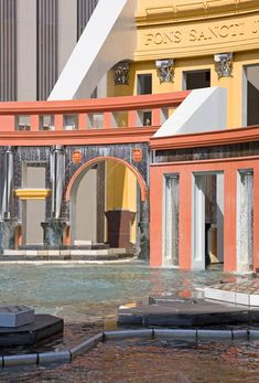 Postmodern Architecture: Piazza D'Italia, New Orleans By Charles Moore - http://decor10blog.com/decorating-ideas/postmodern-architecture-piazza-ditalia-new-orleans-by-charles-moore.html
