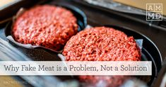 New alternatives to animal protein are making a big splash, these include vegan meat substitutes, AKA fake meat. Yet, there could be a problem... Vegan Fast Food, Vegan Junk Food, Poulet General Tao, Vegan Meat Substitutes, Plant Based Burgers, Impossible Burger, Organic Meat, Why Vegan, Carne Picada