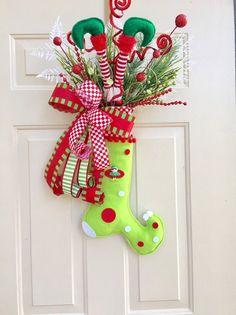 Homemade Christmas, Diy Christmas Gifts, Rustic Christmas, Christmas Projects, Christmas Stocking, Christmas Ideas, Elf Christmas Decorations, Christmas Wreaths, Whoville Christmas