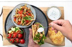 Zelf knoflooksaus maken Tzatziki, Tacos, Chicken, Ethnic Recipes, Spirit, Food, Home, Essen, Meals