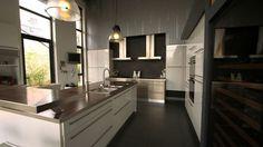 Bungalows on pinterest - Les plus belles petites cuisines ...