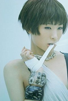 shiina ringo -Very cute haircut on this lady! shiina ringo -Very cute haircut on this lady! Cute Haircuts, Short Bob Haircuts, Cute Hairstyles, Graduated Haircut, Medium Hair Styles, Short Hair Styles, Shiina Ringo, Shadow Face, Graduation Hairstyles