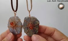 One of my most favorite wire jewelry instructors has to be Lan Anh Handmade . Lan Anh is Vietnamese who had to stop selling wire jewelry... Diy Jewelry To Sell, Jewelry Making Tutorials, Jewelry Crafts, Jewelry Ideas, Copper Jewelry, Wire Jewelry, Jewellery Diy, Beading Jewelry, Jewelry Storage