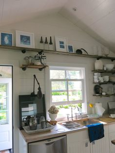 retreat kitchen