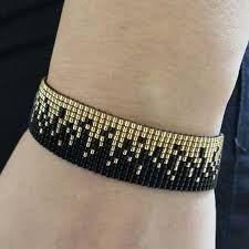 peyote tekniği nasıl yapılır modelleri ile ilgili görsel sonucu Beaded Braclets, Bead Loom Bracelets, Beaded Earrings, Beaded Jewelry, Jewelry Bracelets, Loom Bracelet Patterns, Bead Loom Patterns, Handmade Accessories, Handmade Jewelry
