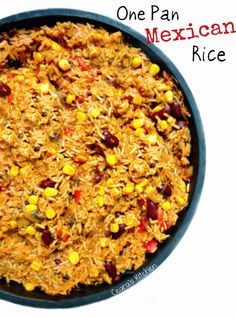 This #Healthy One Pan Mexican Rice is the perfect dish to serve to loved ones - it is easy to make, hearty, healthy and very filling! #VEGAN - Ceara's Kitchen