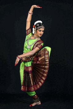 Bharatanatyam - one of my absolute favorite types of dance to watch