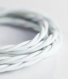 Bianco cavo in tessuto intrecciato 3 fili Dowsing & Reynolds http://www.amazon.it/dp/B00IVOS5HM/ref=cm_sw_r_pi_dp_.qdnxb0NS9277