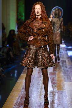 Défilé Jean Paul Gaultier Haute Couture automne-hiver 2016-2017 13 News Fashion, Fashion Week, High Fashion, Fashion Show, Female Fashion, Fashion Brands, Fashion Ideas, Women's Fashion, Fashion Outfits