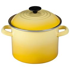 Cook a delicious stew for the whole family with this strong and durable stockpot from Le Creuset. Made from heavy gauge carbon steel, it features a double coated enamel that won't absorb odors or flavors, and provides uniform heating. Complete with a tight-fitting lid that perfectly seals in every flavor, it also has two sturdy