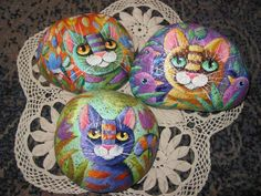 Galets chats Kliknij, crazy painted rock cats