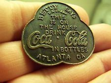 Coca Cola Token Coca Cola Merchandise, Always Coca Cola, World Of Coca Cola, Vintage Coke, Pepsi Cola, Coco, Smile, American Pickers, History