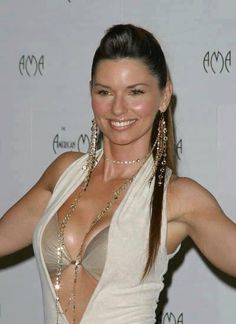 Are shania twain boob shake