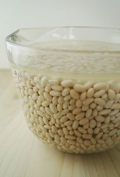 simple tricks and tips for using dried beans. So useful...
