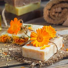 Homemade Beauty, Diy Beauty, Spa Day At Home, Goat Milk Soap, Handmade Candles, Calendula, Body Care, Ethnic Recipes, Food