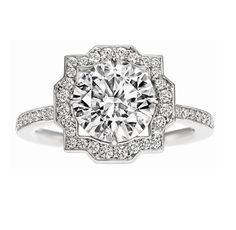 Belle by Harry Winston, Round Brilliant Diamond Engagement Ring