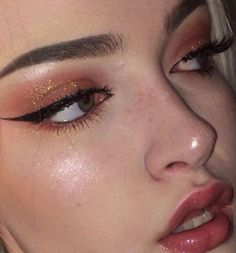 Here are the best Halloween makeup looks to copy this year -.-Here are the best Halloween makeup looks to copy this year – Beauty Home make up inspo - Makeup Goals, Makeup Inspo, Makeup Art, Makeup Inspiration, Beauty Makeup, Makeup Ideas, Diy Beauty, Beauty Hacks, Cute Makeup