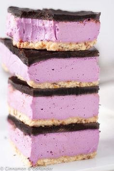 These Vegan Nanaimo Bars come with a dairy-free buttercream filling flavored with purple sweet potatoes! They are paleo, refined sugar-free and gluten-free! Nanaimo Bars, Dairy Free Buttercream, Buttercream Filling, Vegan Chocolate Ganache, Yummy Treats, Sweet Treats, Sugar Free Brownies, Dairy Free Recipes, Gluten Free