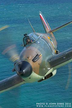 Hawker hurricane - Home & Decoration Ww2 Aircraft, Fighter Aircraft, Fighter Jets, Military Jets, Military Aircraft, Spitfire Airplane, Hawker Hurricane, Supermarine Spitfire, Ww2 Planes