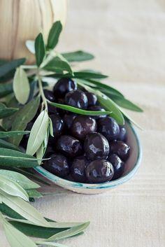 Black olives by Yulia Kotina on Seed Pods, Ceramic Bowls, Green And Purple, Olive Oil, Crisp, Seeds, Fruit, Black, Food