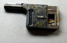 """real guns:  Here is a very endearing little piece: Pocket """"Squeeze"""" Pistol from 19th century France:"""