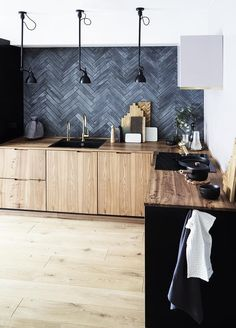 Supreme Kitchen Remodeling Choosing Your New Kitchen Countertops Ideas. Mind Blowing Kitchen Remodeling Choosing Your New Kitchen Countertops Ideas. Rustic Kitchen, New Kitchen, Kitchen Decor, Modern Kitchen Tiles, Slate Kitchen, Black Kitchen Paint, Back Splash Kitchen, Danish Kitchen, Kitchen Ideas
