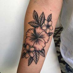 Hawaiian Flower Tattoos, Tribal Flower Tattoos, Hibiscus Flower Tattoos, Dope Tattoos, Pretty Tattoos, Body Art Tattoos, Owl Tattoo Design, Tattoo Designs, Traditional Mandala Tattoo