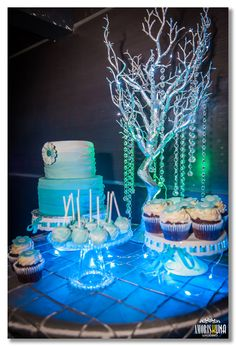 quick and easy party area set up for 21st in a club venue - Google Search 21st, Birthday Cake, Club, Google Search, Party, Desserts, Tailgate Desserts, Fiesta Party, Birthday Cakes