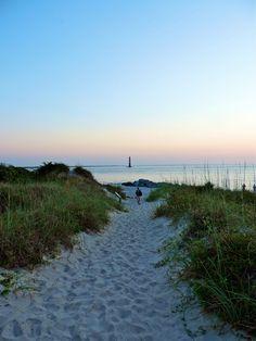 Morris Island Lighthouse || 10 Things to do in Folly Beach near Charleston South Carolina