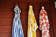 color pattern, blue, yellow, red, white, wood, scurf,