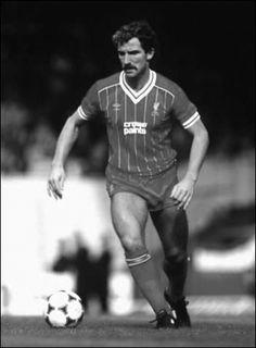 Graeme Souness; footballer tache. #Movember Liverpool Players, Liverpool Football Club, Liverpool Fc, Retro Football, Football Team, Bob Paisley, Movember, Family Memories, Graeme Souness