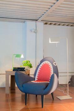 nicolasmi's huis in Milan, Italy. Kijk binnen voor meer inspirerende interieurs op MADE.COM/nl/Unboxed.