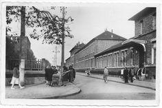 Carte postale CPSM - La Courneuve - groupe scolaire des Quatre Routes - circulé