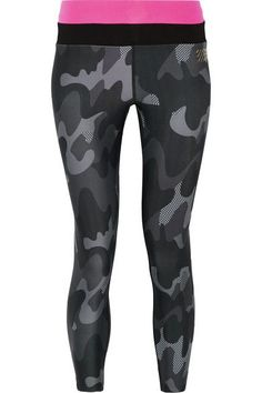 Monreal London - Cropped Camouflage-print Stretch Leggings - Black - medium