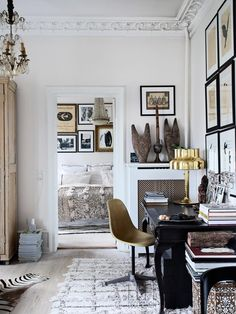 The whole environment helps in concentration so we can work well, so we have to feel good in our home office! Home office interior design trends ideas! Home Office Design, Home Office Decor, House Design, Office Designs, Home Living, Living Spaces, Living Rooms, Home Interior, Interior Design