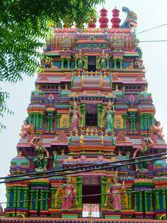 Incredible! Ho Chi Ming City http://viaggi.asiatica.com/