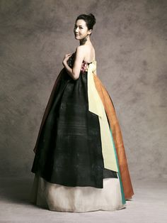 Fusion layered 한복 Hanbok / Traditional Korean dress