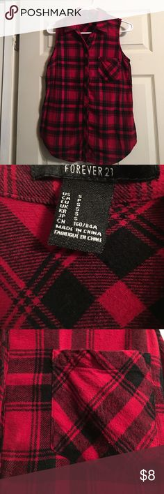Sleeveless Plaid Flannel Button-Up Excellent condition, just cleaning this out for Fall clothes. Only worn a handful of times. Forever 21 Tops Button Down Shirts