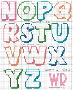 Gráfico alfabeto infantil colorido para ponto cruz