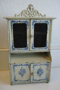 Antique miniature doll house German kitchen Bing tin blue & white cabinet