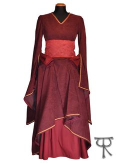 Grace fantasy medieval renaissance wedding dress by TheIronRing, €148.80