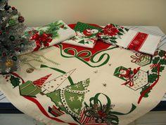 vintage Christmas linens Moda Home Christmas tablecloth #verymerrymodachristmas