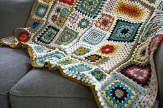 18 Weeks of Granny Squares!    Awesome CAL with all 18 Patterns