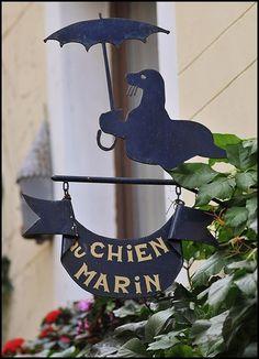 *Enseigne, Au chien du Marin, Brussels