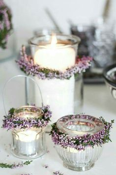 Nice idea – Heather wreath candle deco – found at amalielovesdenmar … – Wedding Flowers Bridal Shower Decorations, Wedding Decorations, Table Decorations, Pot Mason Diy, Mason Jars, Deco Floral, Diy Décoration, Diy Wedding, Wedding Ideas